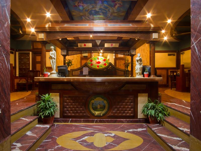 Hotel Sunstar Grand